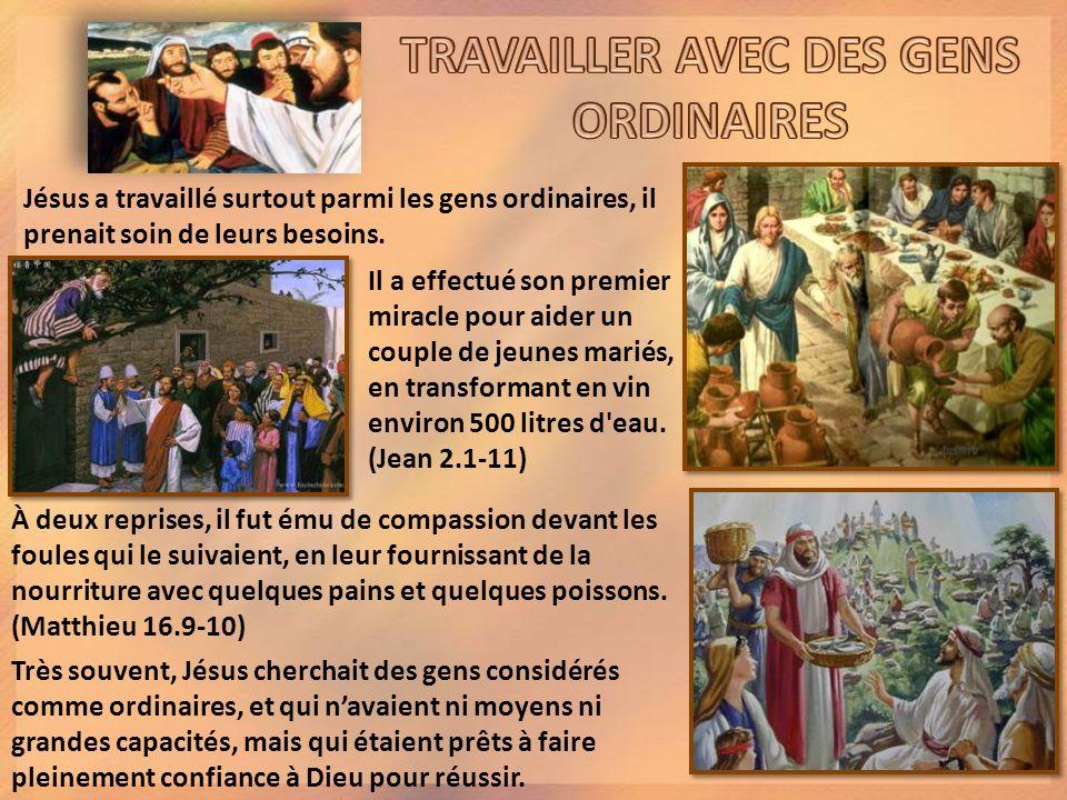 « En voyant lassurance de Pierre et de Jean, ils étaient étonnés, car ils se rendaient compte que cétaient des gens du peuple sans instruction.