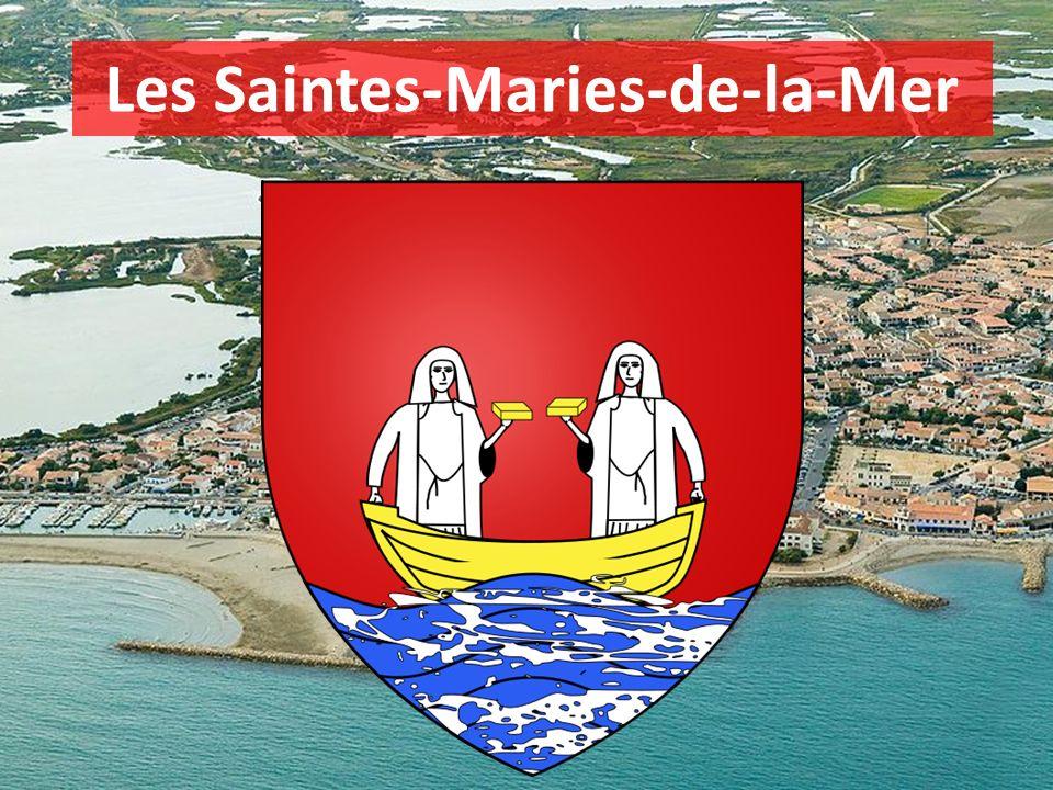 Capitale de la Camargue Station balnéaire Lieu de pèlerinage