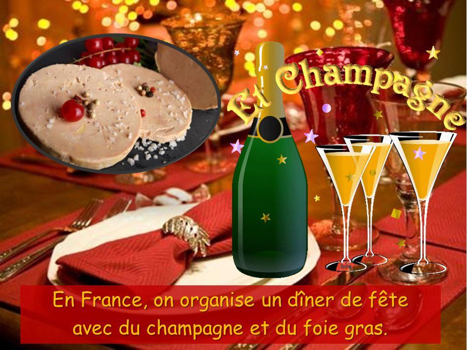 Des HUITRES Des HUITRES Du MAGRET DE CANARD Du MAGRET DE CANARD Au menu il y a aussi ….