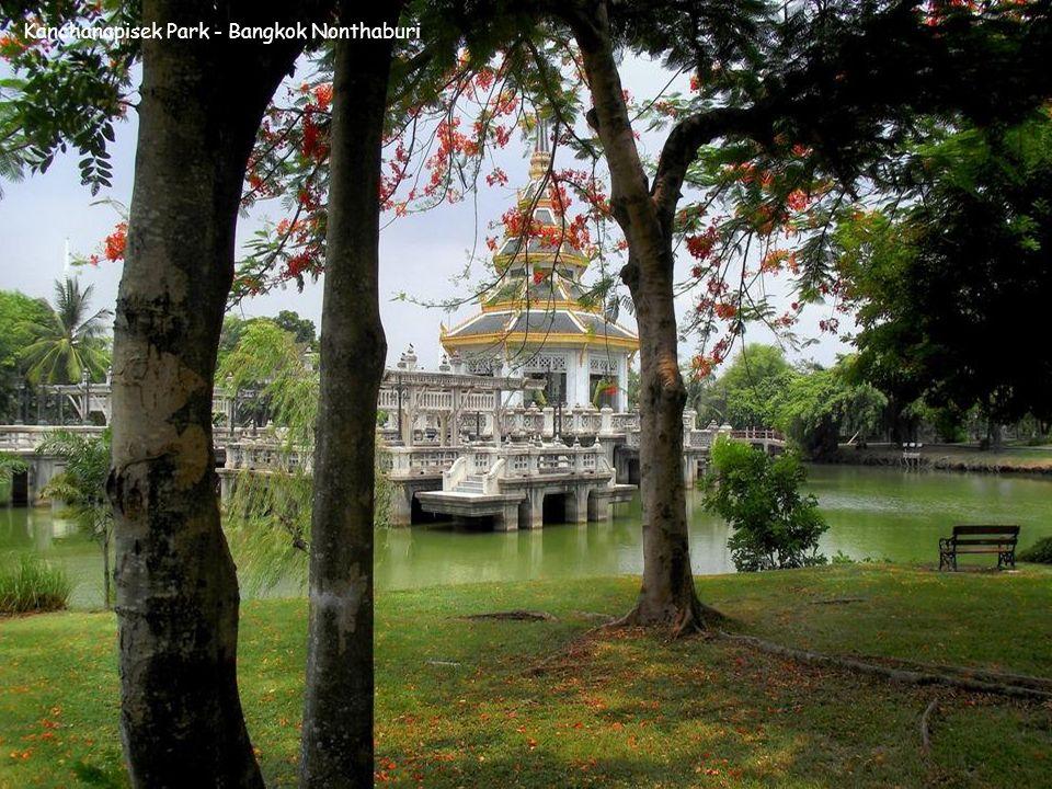 Kanchanapisek Park - Bangkok Nonthaburi
