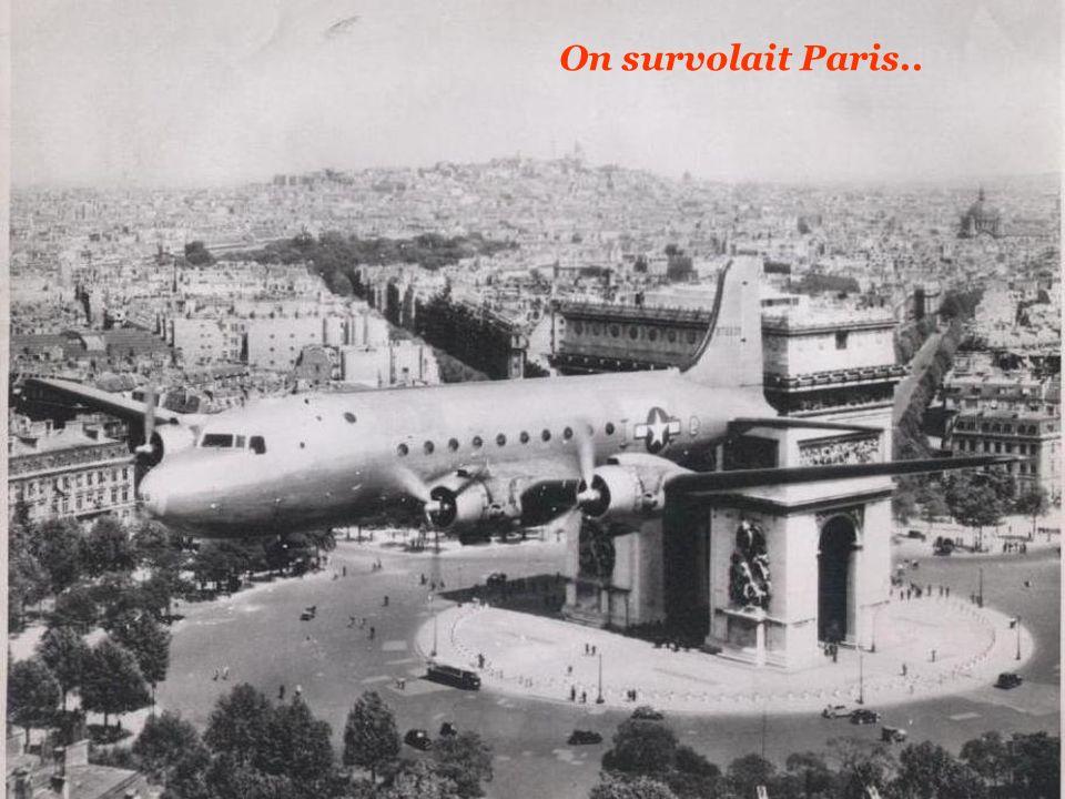 On survolait Paris..