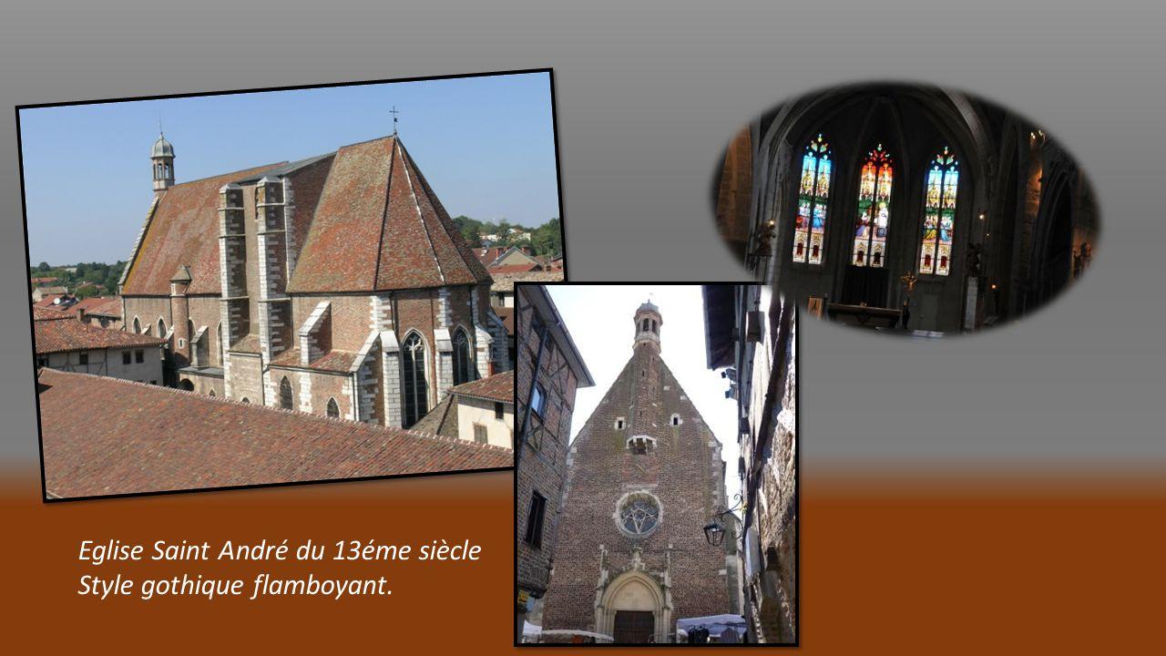 Eglise Saint André du 13éme siècle Style gothique flamboyant.