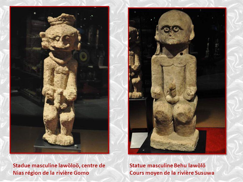 Statue masculine Behu lawölö Cours moyen de la rivière Susuwa Stadue masculine lawöloö, centre de Nias région de la rivière Gomo