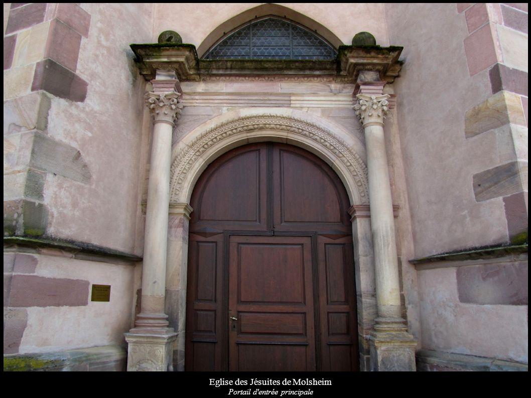 Eglise des Jésuites de Molsheim Corbeau du portail d entrée principale
