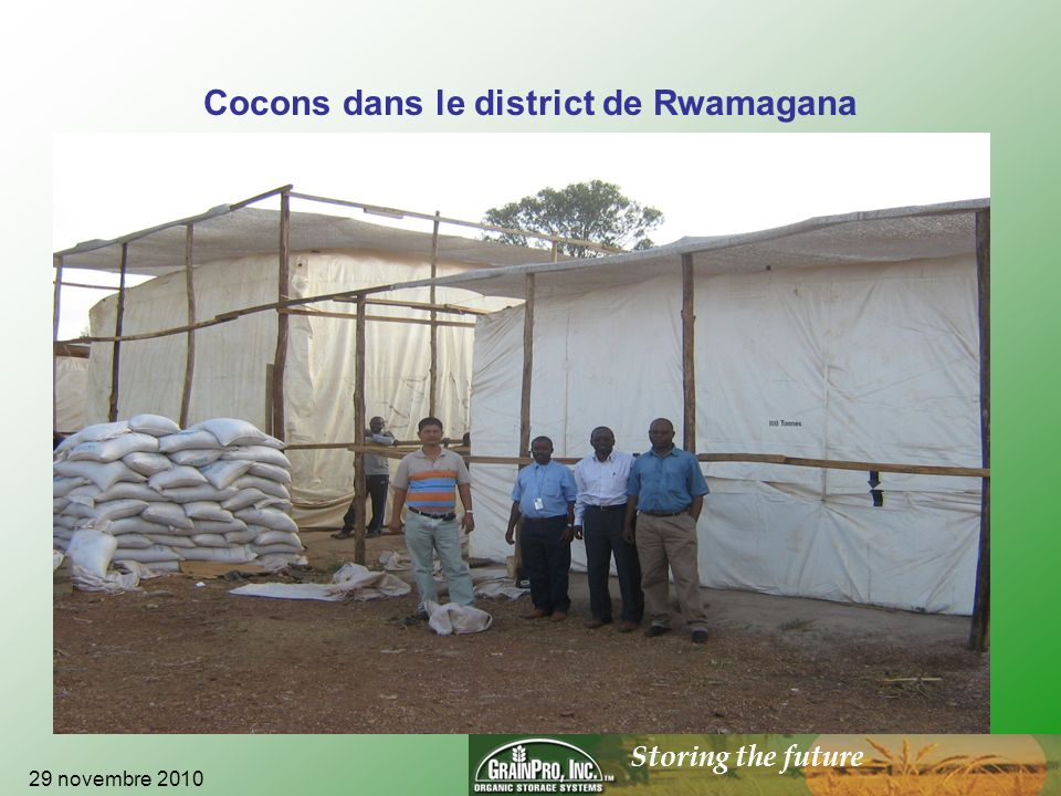 Storing the future Cocons dans le district de Rwamagana 29 novembre 2010
