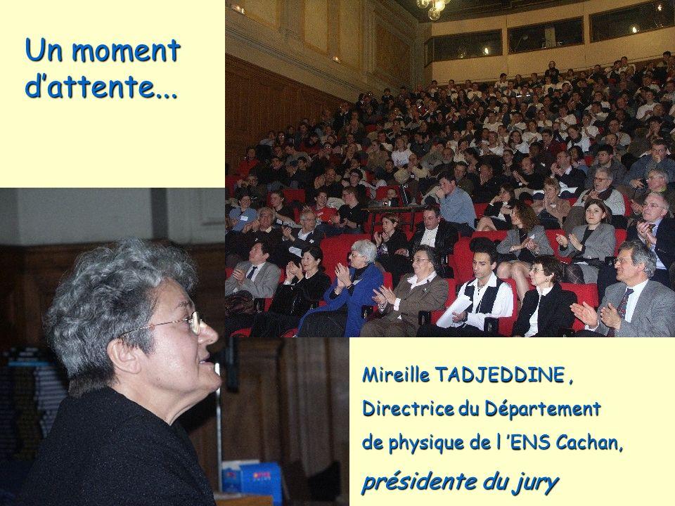 Un moment d'attente... présidente du jury Mireille TADJEDDINE ,