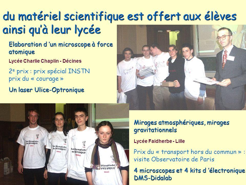 du matériel scientifique est offert aux élèves ainsi qu'à leur lycée