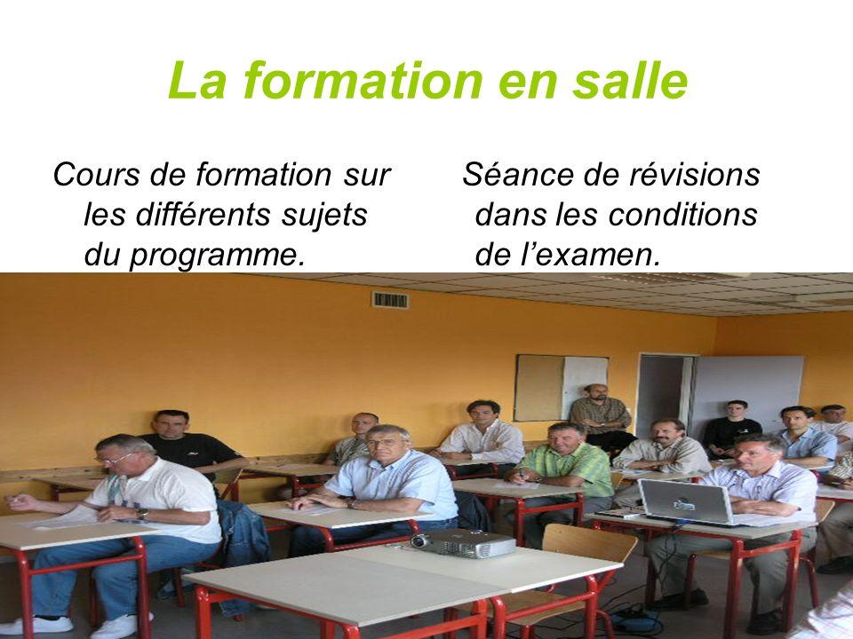 La formation en salleCours de formation sur les différents sujets du programme.