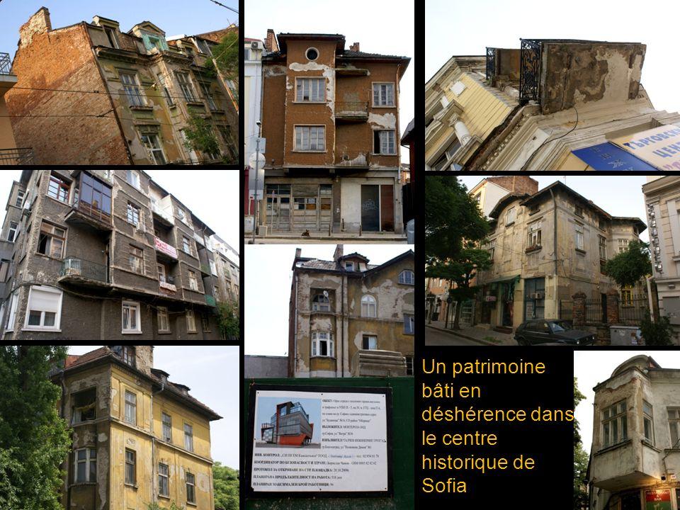 Un patrimoine bâti en déshérence dans le centre historique de Sofia