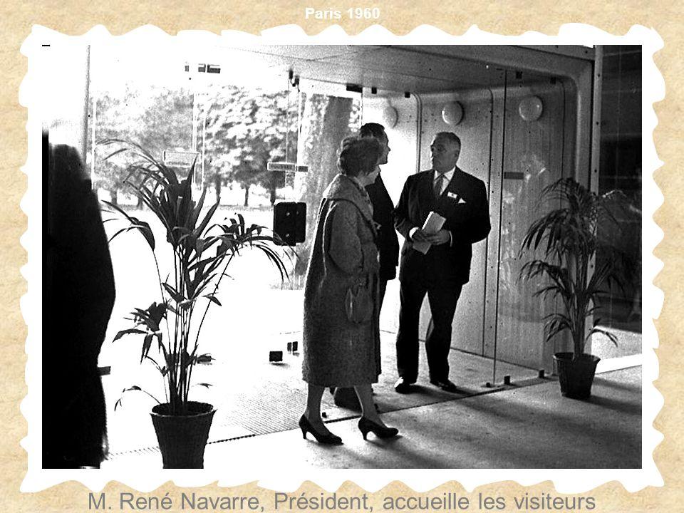 M. René Navarre, Président, accueille les visiteurs
