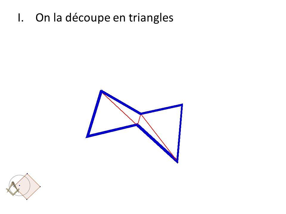 On la découpe en triangles