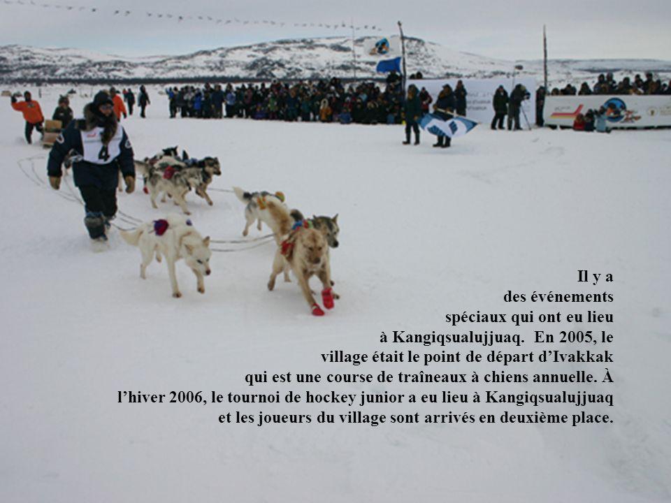 Il y a. des événements. spéciaux qui ont eu lieu. à Kangiqsualujjuaq