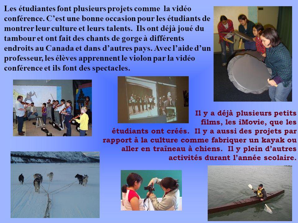 Les étudiantes font plusieurs projets comme la vidéo conférence