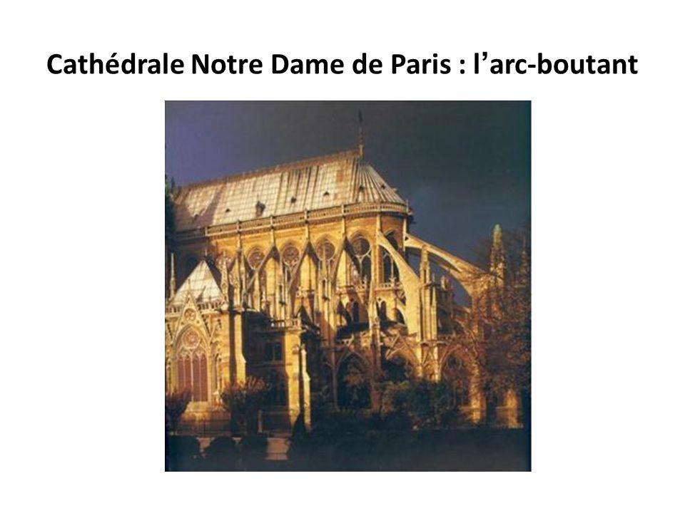 Cathédrale Notre Dame de Paris : l'arc-boutant