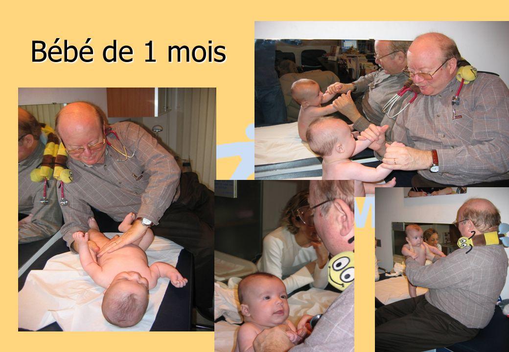 Bébé de 1 mois 27