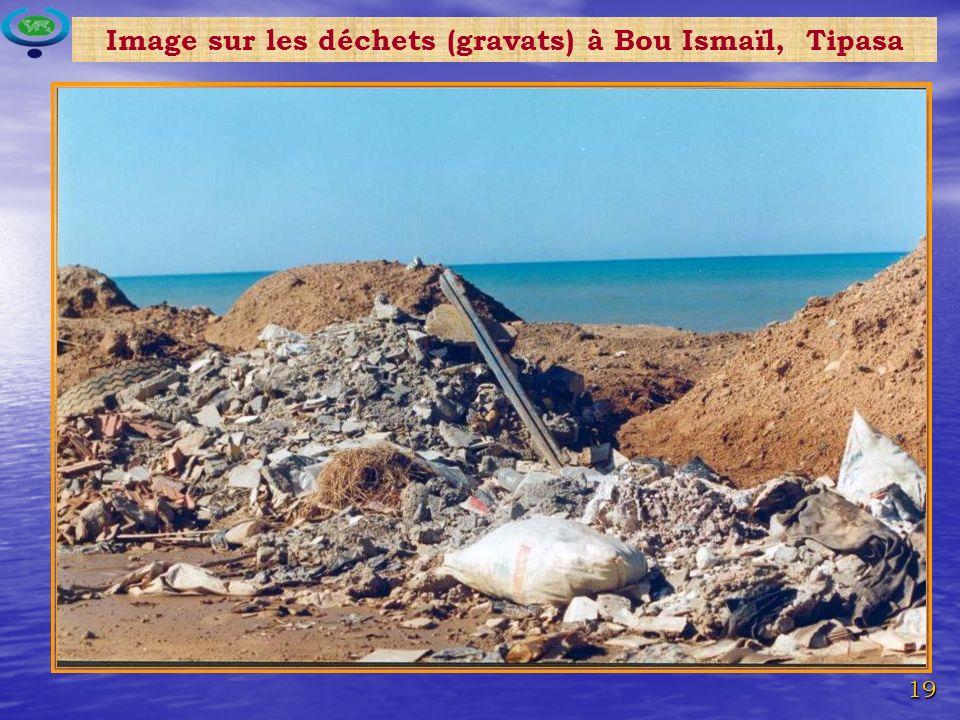 Image sur les déchets (gravats) à Bou Ismaïl, Tipasa