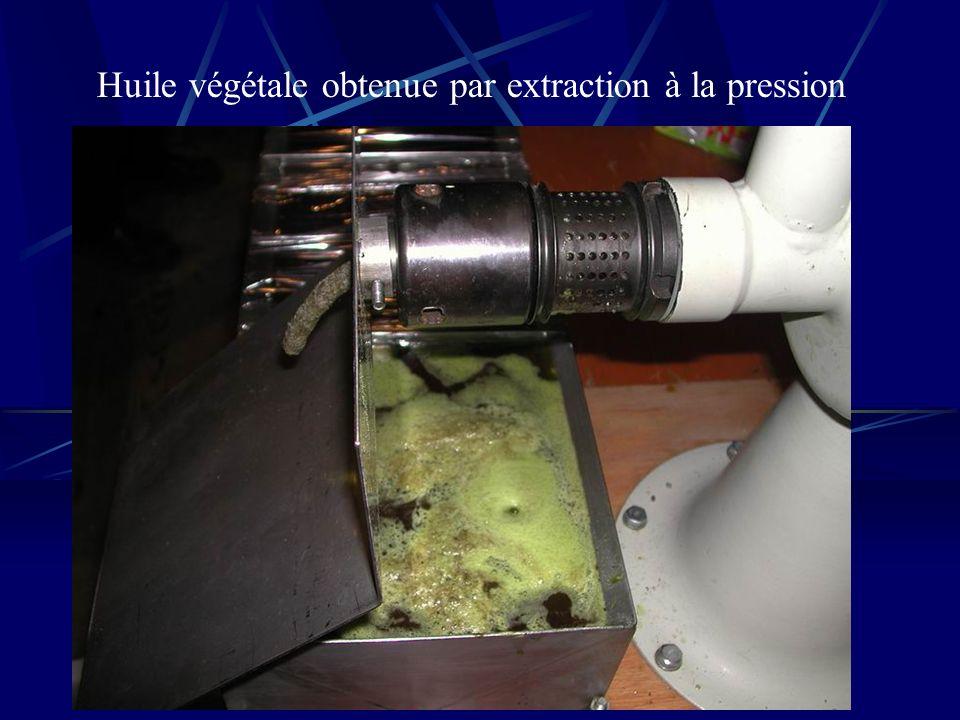 Huile végétale obtenue par extraction à la pression