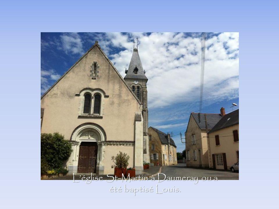 L'église St-Martin à Daumeray ou a été baptisé Louis.