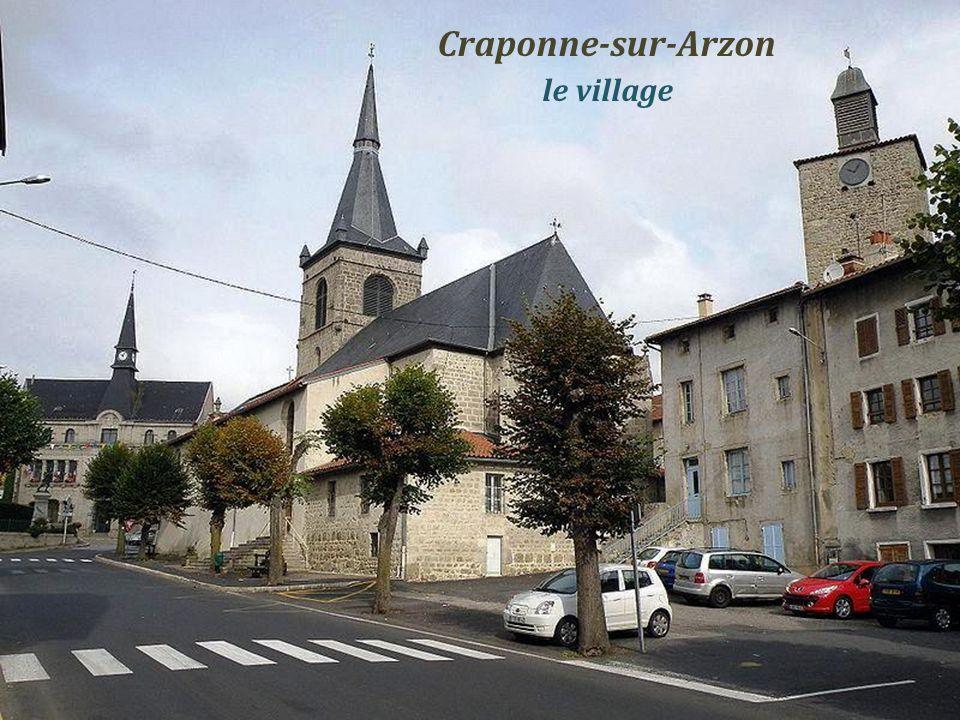 Craponne-sur-Arzon . le village