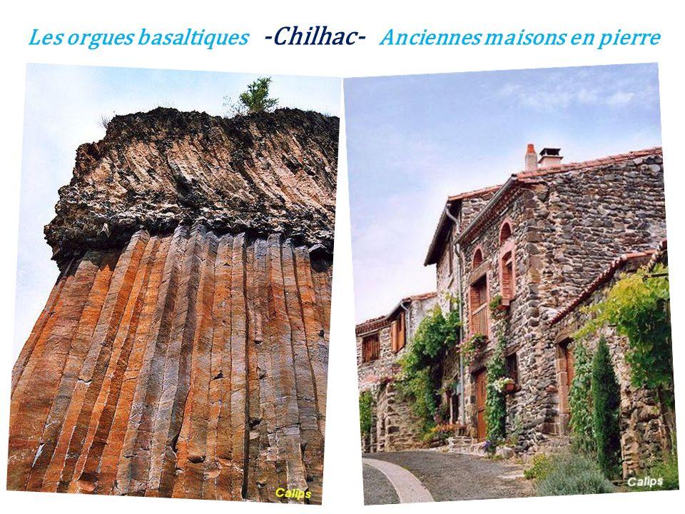 Les orgues basaltiques -Chilhac- Anciennes maisons en pierre