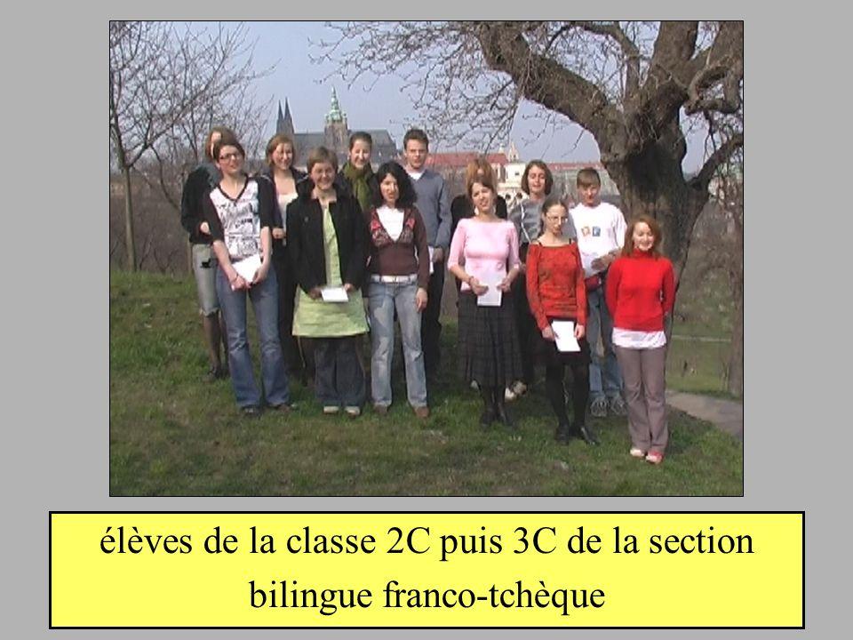 élèves de la classe 2C puis 3C de la section bilingue franco-tchèque