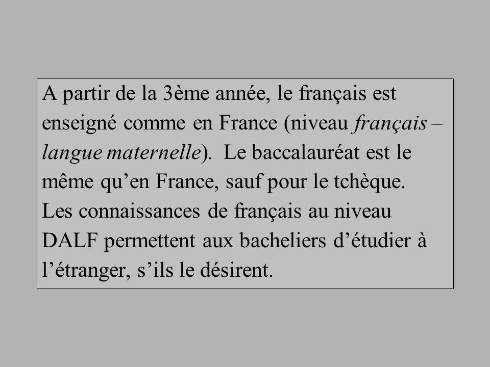 A partir de la 3ème année, le français est