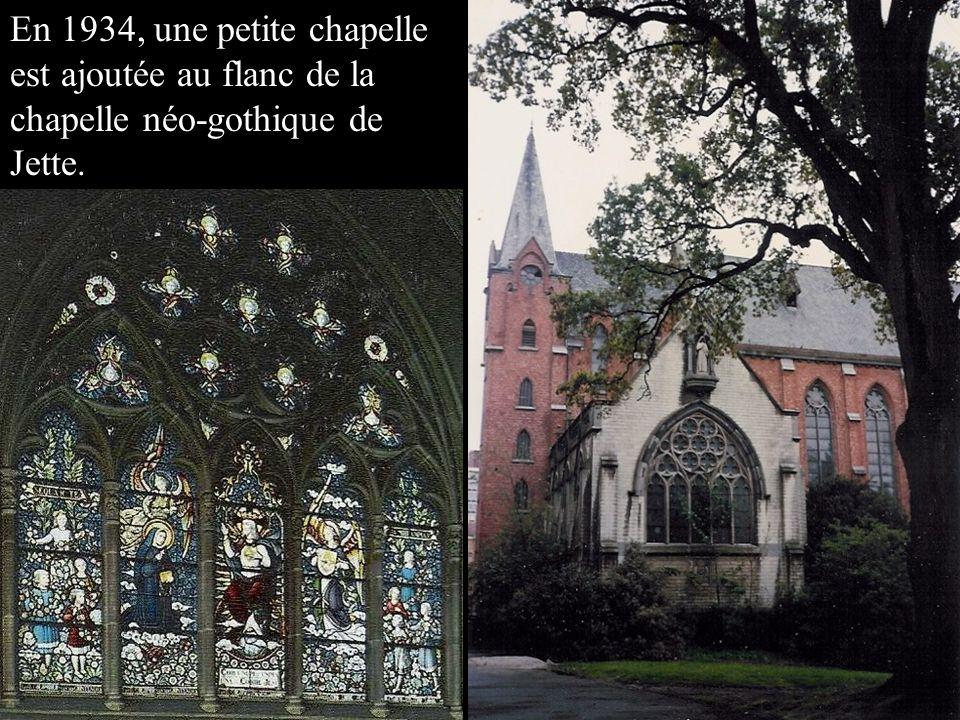 En 1934, une petite chapelle est ajoutée au flanc de la chapelle néo-gothique de Jette.