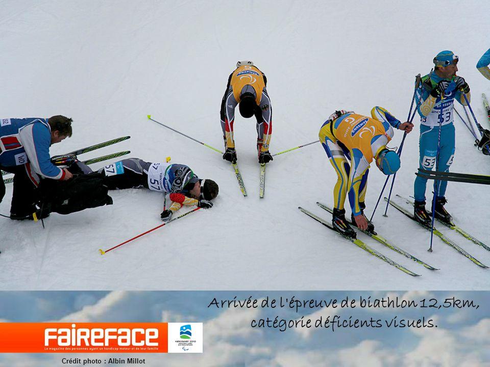 Arrivée de l épreuve de biathlon 12,5km, catégorie déficients visuels.