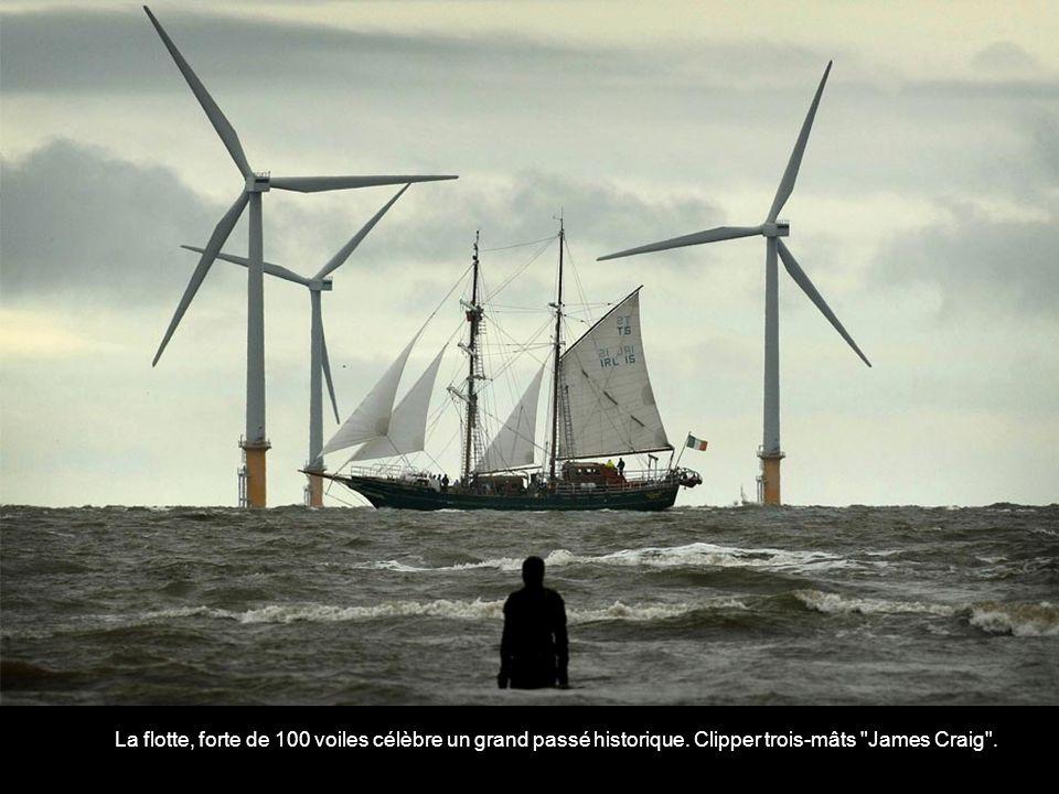 La flotte, forte de 100 voiles célèbre un grand passé historique
