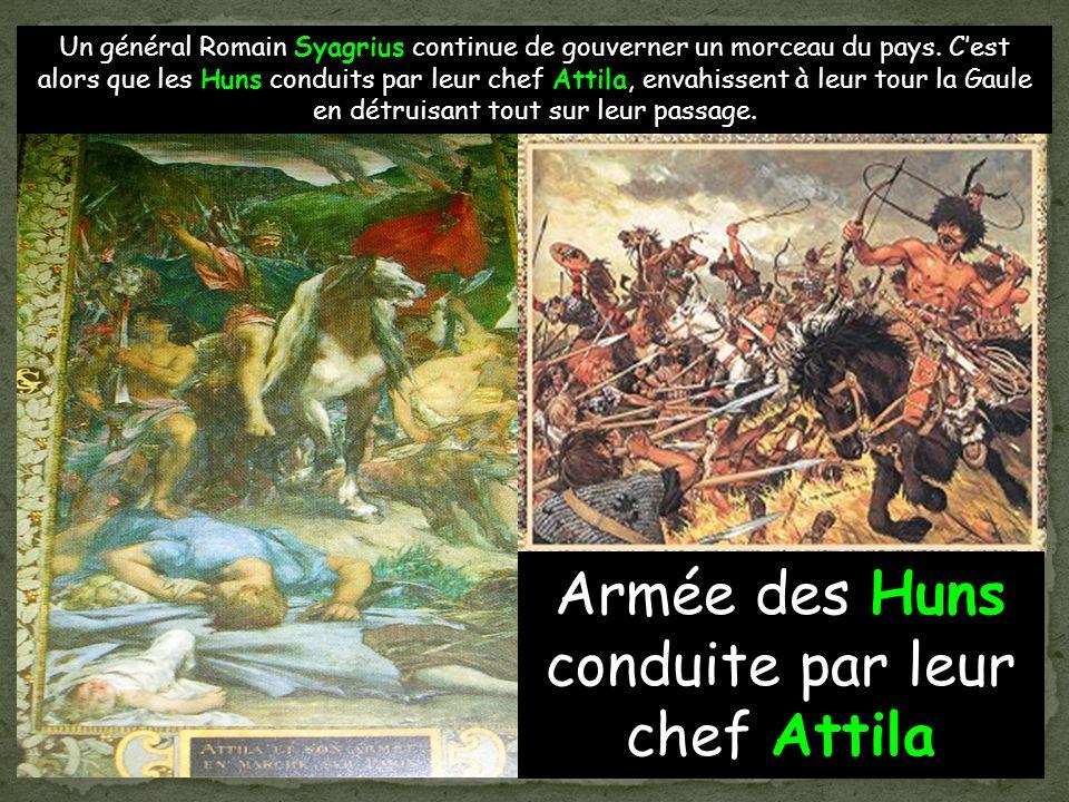 Armée des Huns conduite par leur chef Attila