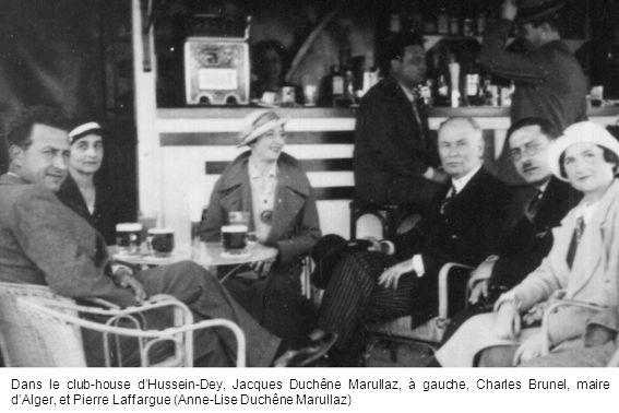 Dans le club-house d'Hussein-Dey, Jacques Duchêne Marullaz, à gauche, Charles Brunel, maire d'Alger, et Pierre Laffargue (Anne-Lise Duchêne Marullaz)