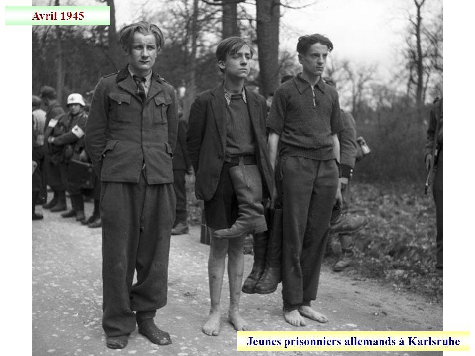 Jeunes prisonniers allemands à Karlsruhe