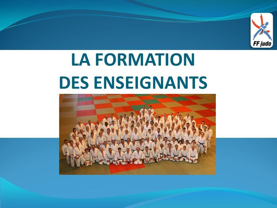 LA FORMATION DES ENSEIGNANTS