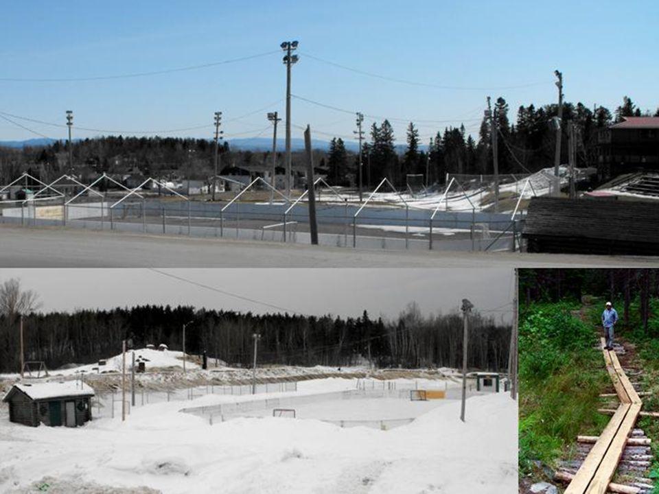 Terrain de baseball, patinoire hivers, sentiers aménagés