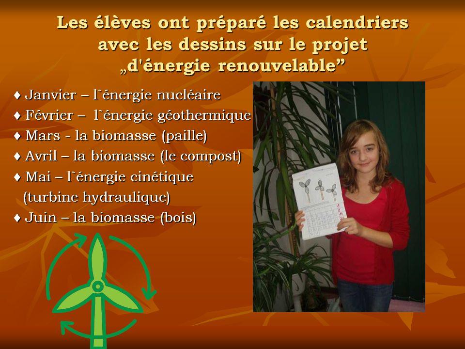 """Les élèves ont préparé les calendriers avec les dessins sur le projet """"d énergie renouvelable"""