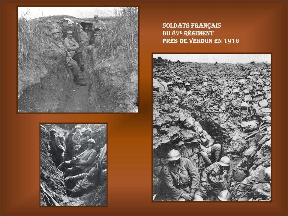 Soldats français du 87e régiment près de Verdun en 1916