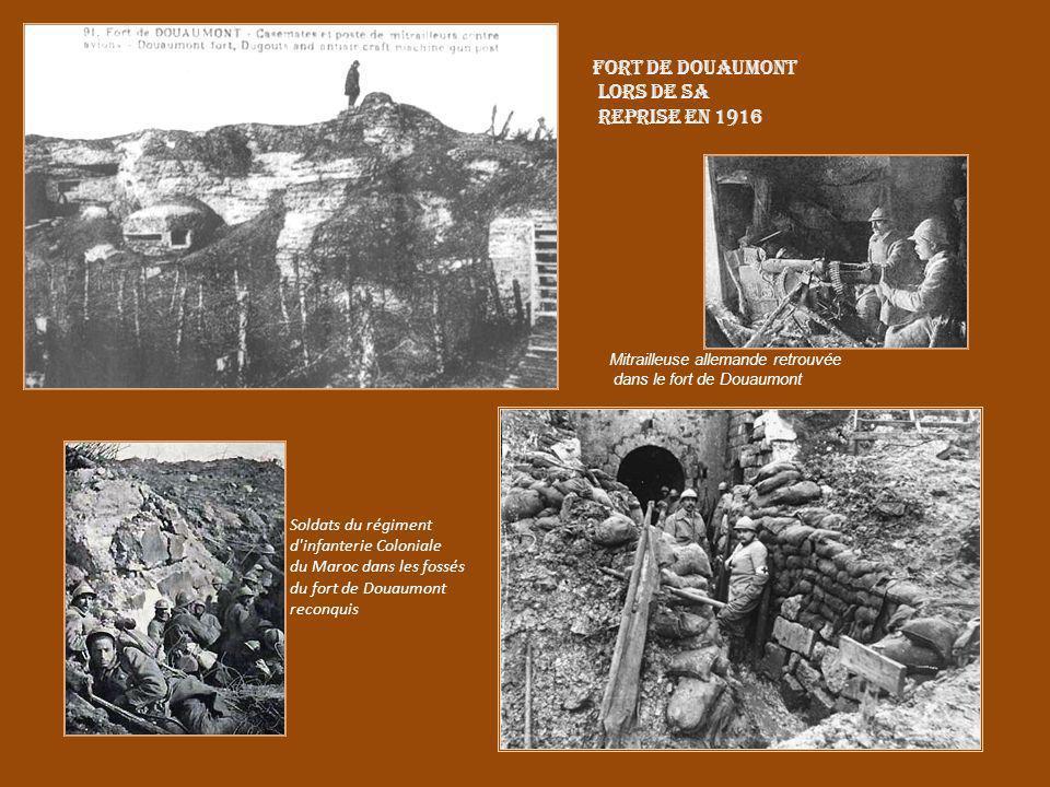Fort de Douaumont lors de sa reprise en 1916 Soldats du régiment