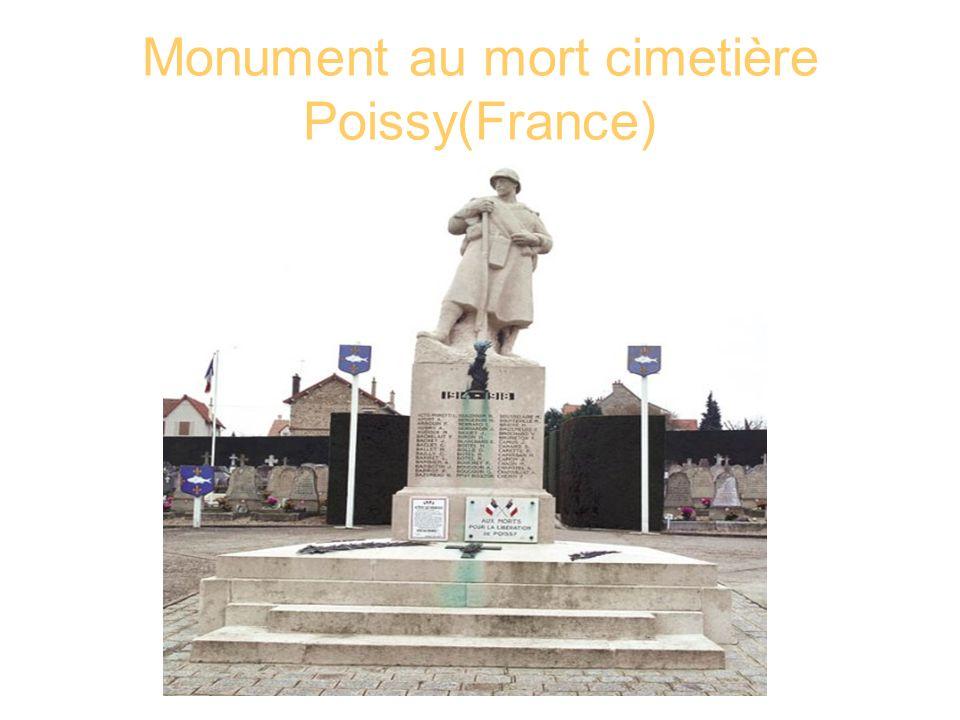 Monument au mort cimetière Poissy(France)