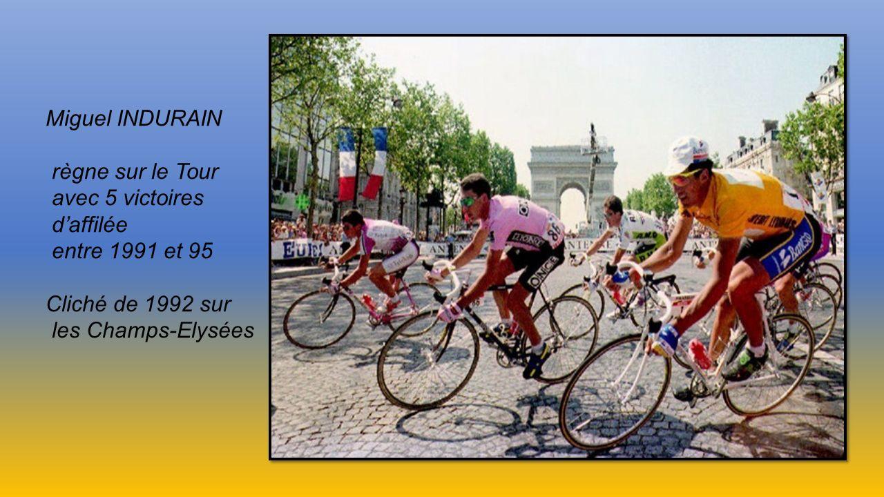 Miguel INDURAIN règne sur le Tour. avec 5 victoires. d'affilée. entre 1991 et 95. Cliché de 1992 sur.