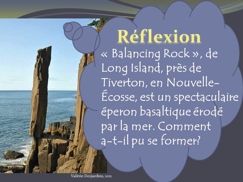 Réflexion « Balancing Rock », de Long Island, près de Tiverton, en Nouvelle- Écosse, est un spectaculaire éperon basaltique érodé par la mer. Comment.