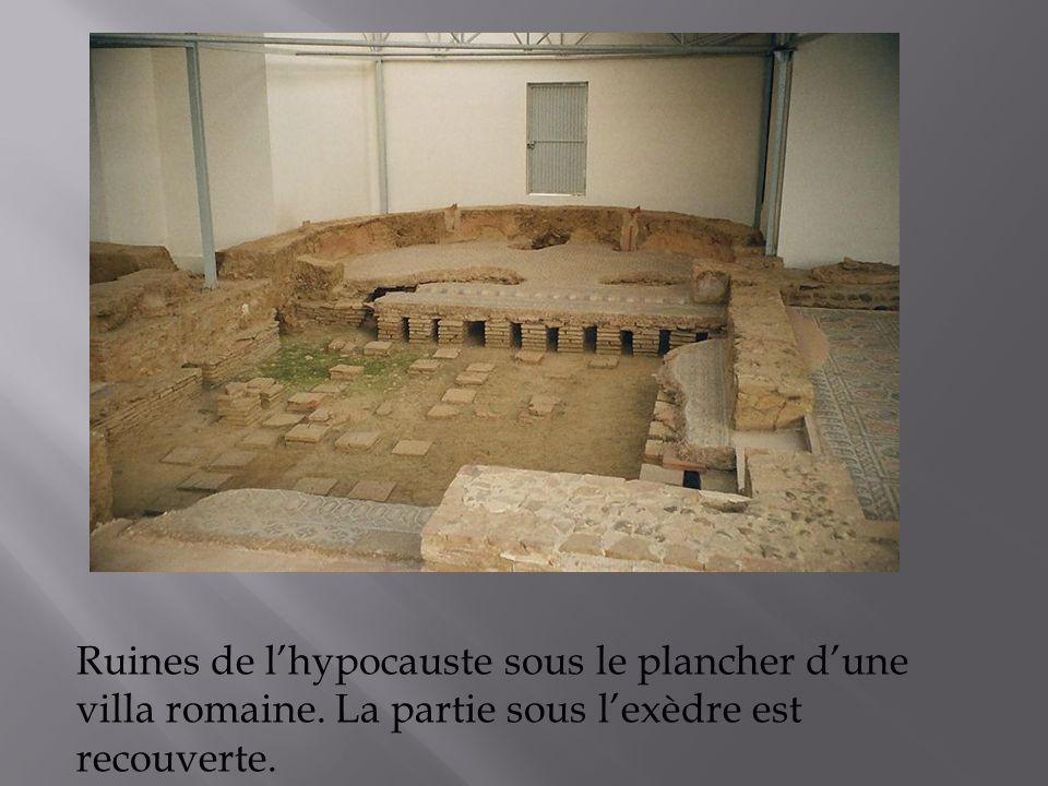 Ruines de l'hypocauste sous le plancher d'une villa romaine