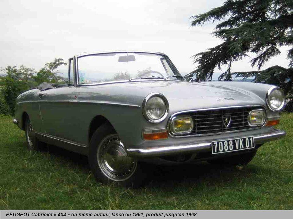 PEUGEOT Cabriolet « 404 » du même auteur, lancé en 1961, produit jusqu'en 1968.
