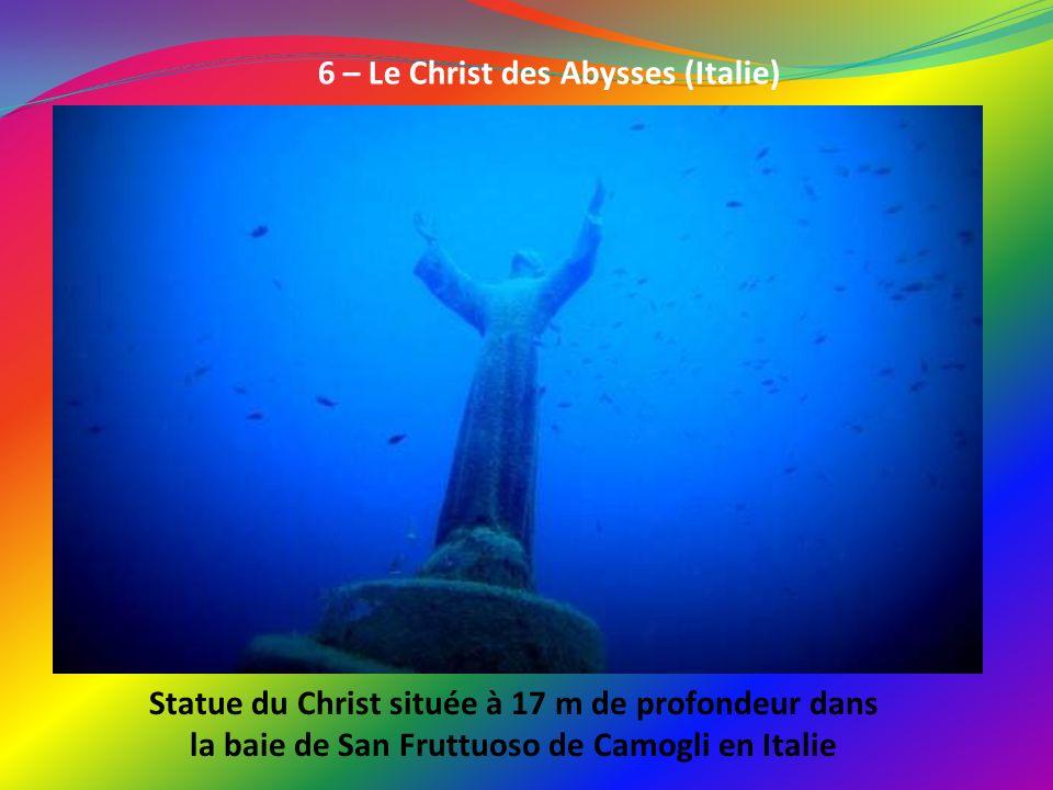 6 – Le Christ des Abysses (Italie)