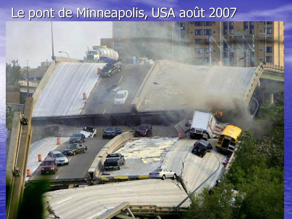 Le pont de Minneapolis, USA août 2007
