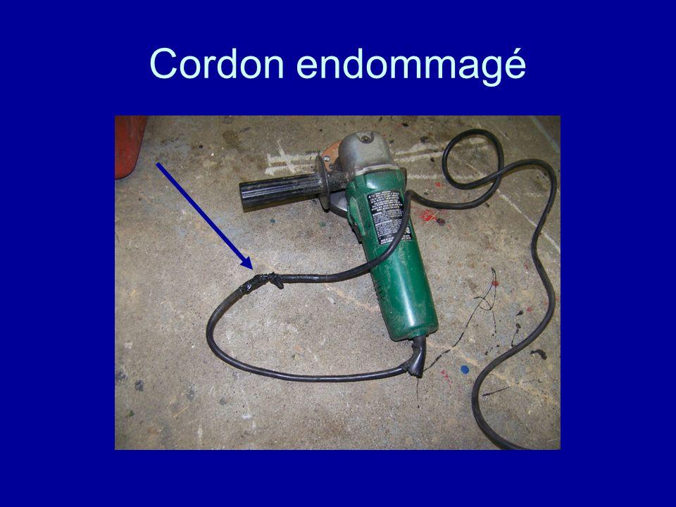 Cordon endommagé