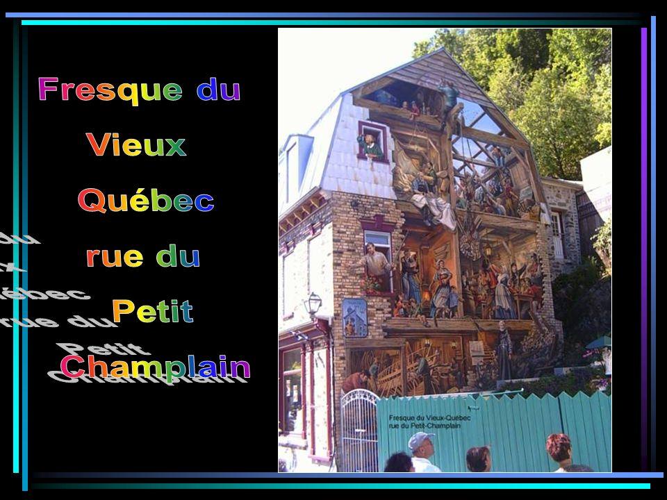 Fresque du Vieux Québec rue du Petit Champlain