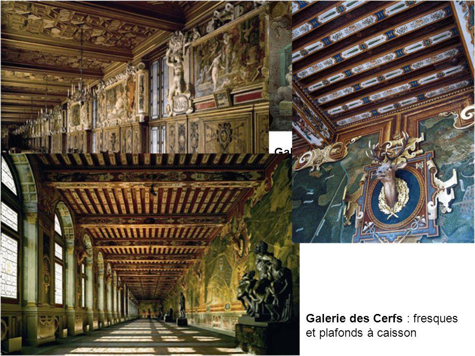 Galerie François 1er par le Rosso : fresques et plafonds à caisson