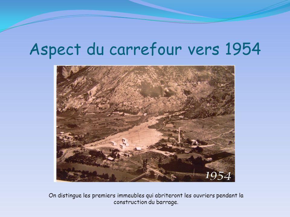 Aspect du carrefour vers 1954