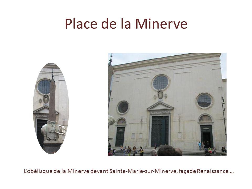 Place de la Minerve L'obélisque de la Minerve devant Sainte-Marie-sur-Minerve, façade Renaissance …