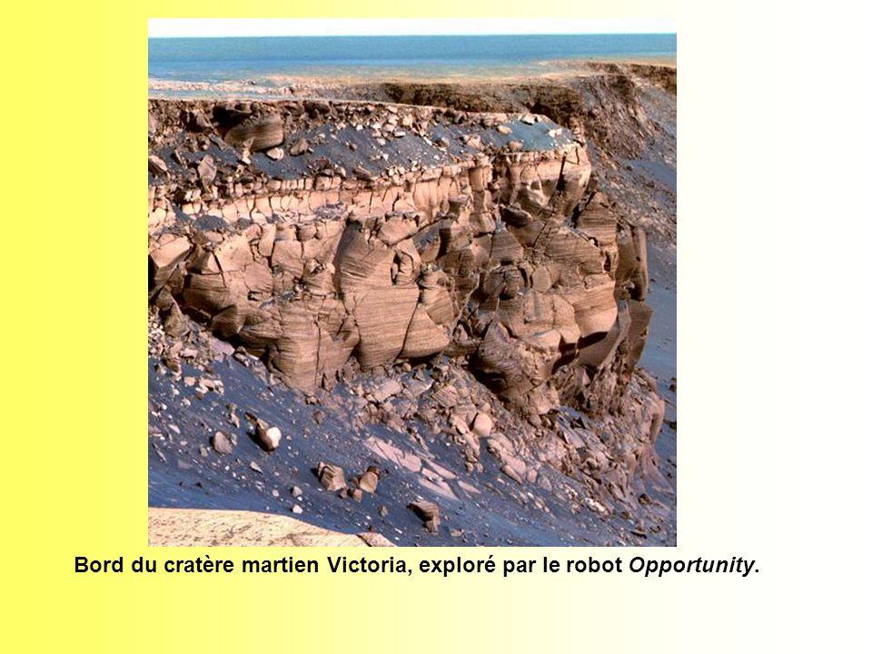 Bord du cratère martien Victoria, exploré par le robot Opportunity.
